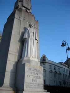 Edith-Cavell-Monument-Trafalgar-Square-225x300